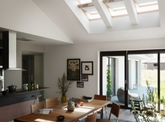 http://conarquitectura.co/wp-content/uploads/2013/11/velux-1-wpcf_339x250.jpg
